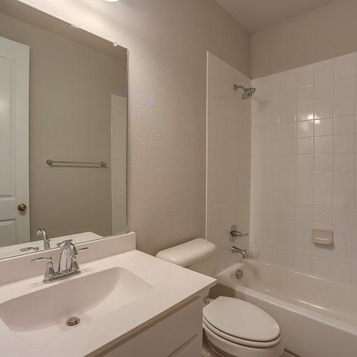 Plan 1688 Secondary Bathroom Representative Image