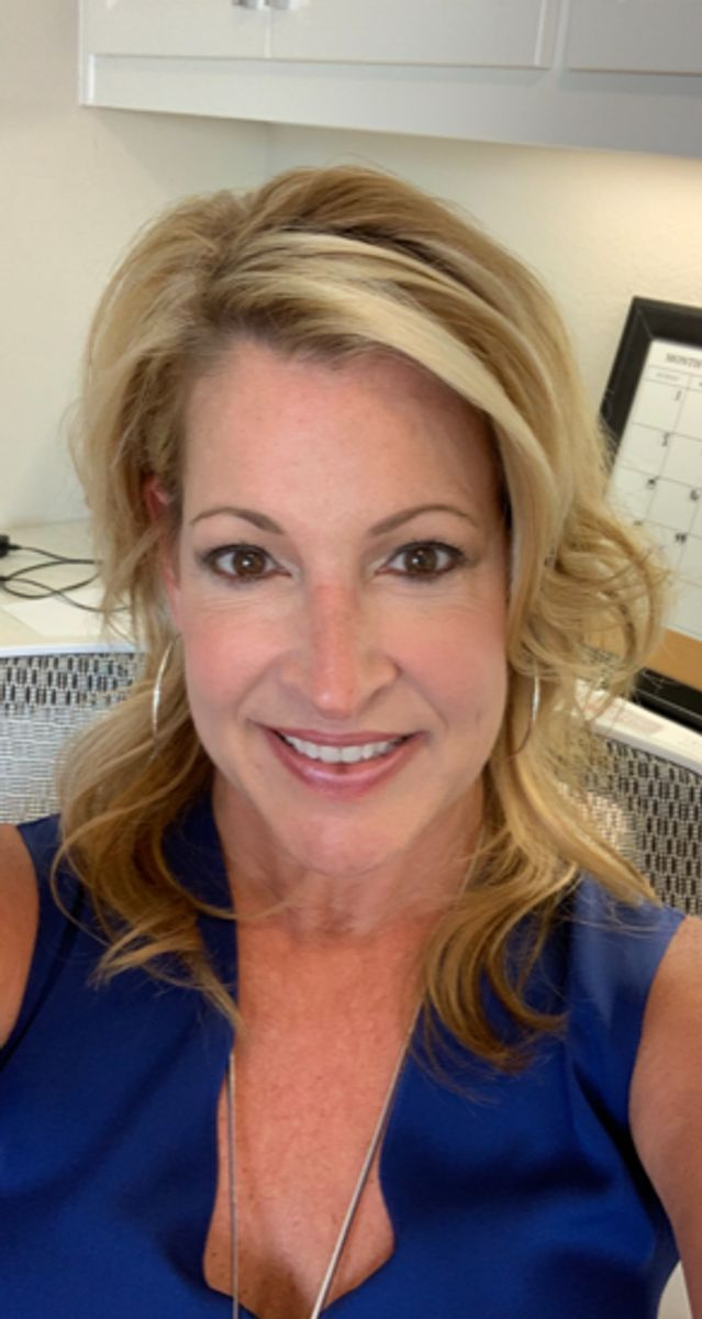Meet American Legend sales associate at Castle Hills Northpointe: Lisa Dushman