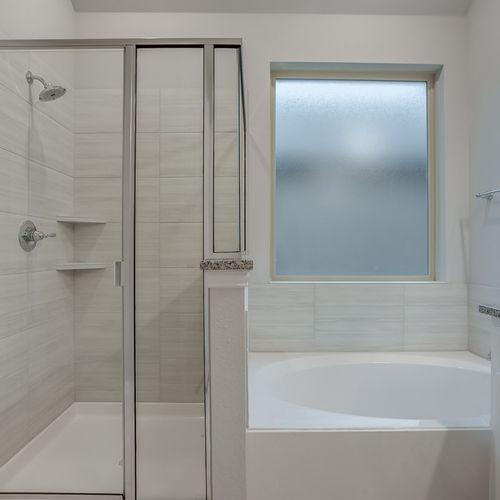 Plan 1682 Primary Bathroom Representative Image