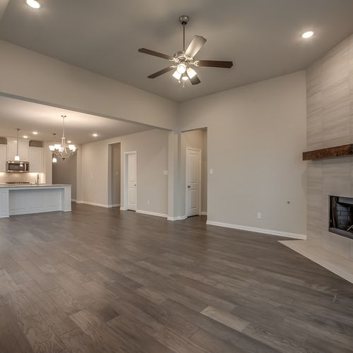 Plan 1522 Family Room/Kitchen Representative Image