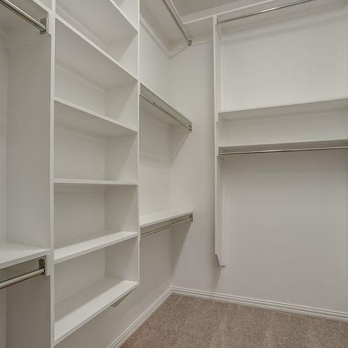 Plan 1519 Primary Closet Representative Image