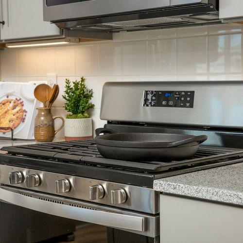 Plan V421 Kitchen Representative Image