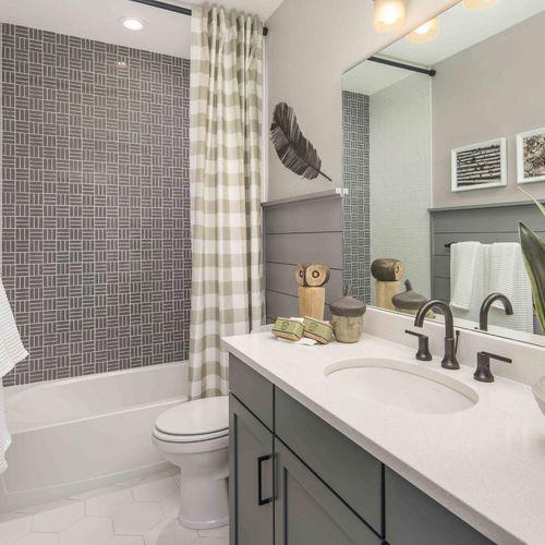 Plan C652 Secondary Bathroom Photo by American Legend Homes