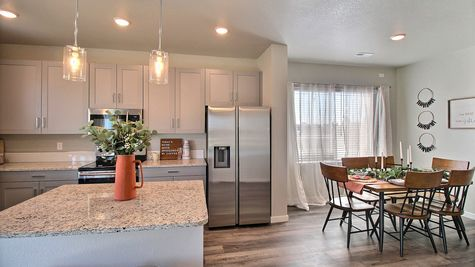 Weston 505A - Kitchen & Dining - Example 5