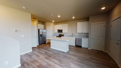 Silvercliff 812 - Living Space - View 5