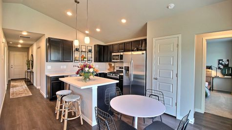 Del Norte 501 - Kitchen & Dining View 2 - Example
