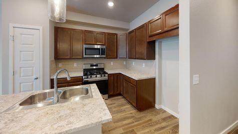 Lindon 504 - Kitchen - Example 2