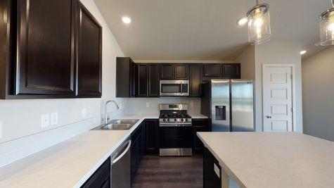 2921 Shady Oaks Dr. - Del Norte 501 - Kitchen View 2