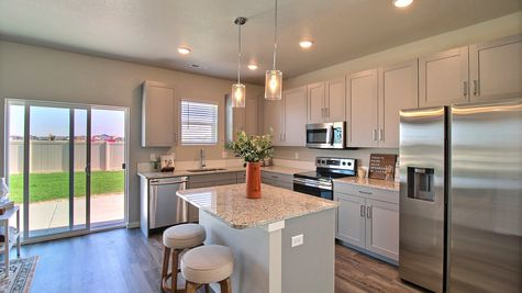 Weston 505A - Kitchen & Dining - Example 6