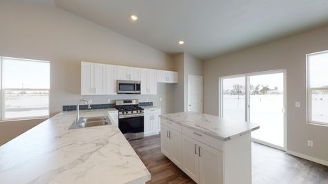 Holly 602 - Kitchen - Example - View 3