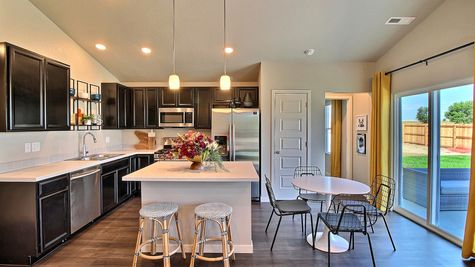Del Norte 501 - Kitchen & Dining View 1 - Example