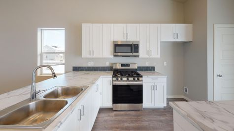Holly 602 - Kitchen - Example - View 5