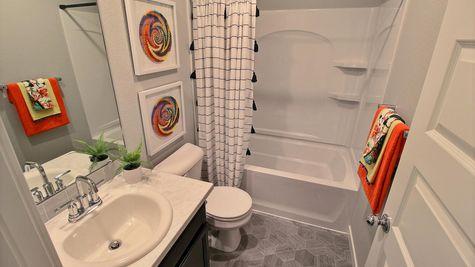 Del Norte 501 - Main Bath View 1 - Example