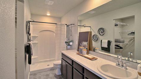 Del Norte 501 - Master Bathroom View 2 - Example