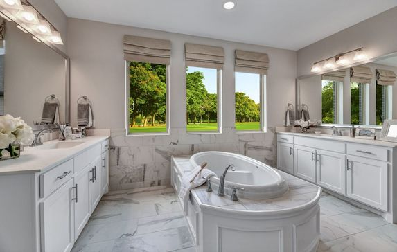 Steps to choosing the perfect bathroom flooring for your Belclaire home