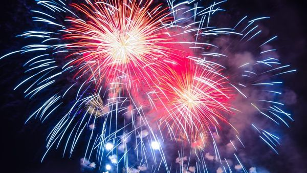 Where Belclaire families can see fireworks in DFW