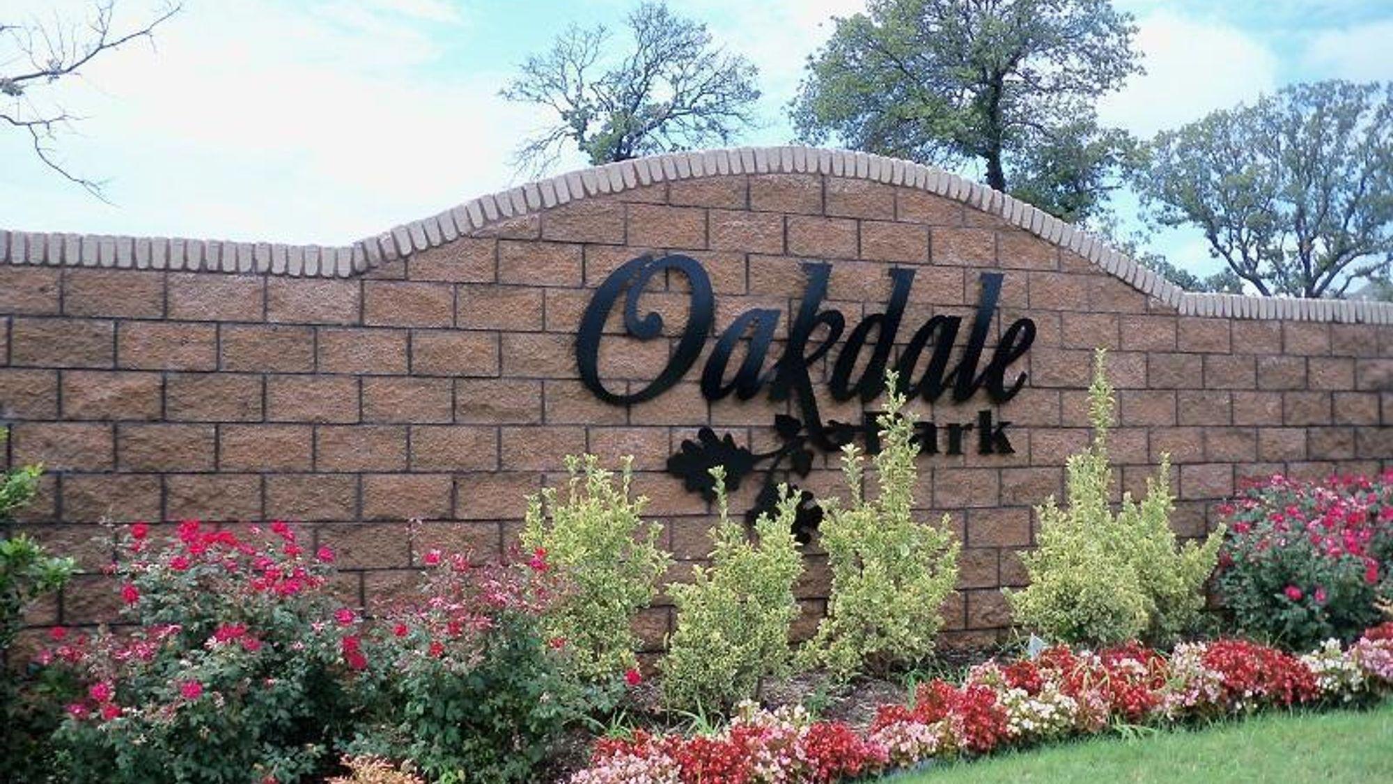 oakdale_park.jpg