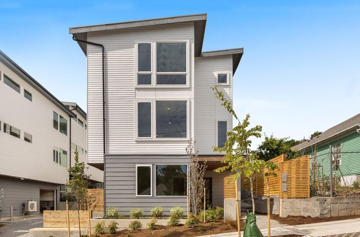 Holly Townhomes