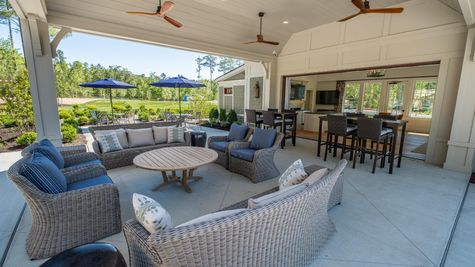 The Conservatory - Outdoor Lounge