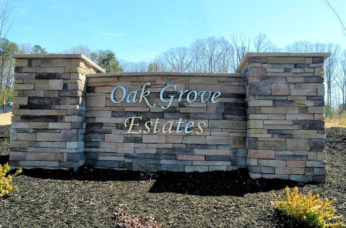 Oak Grove Estates