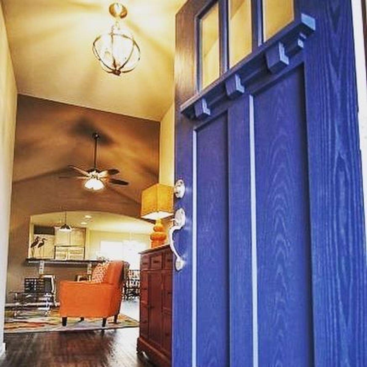 <p>Visit a&#8232;</p><p>Model Home</p>