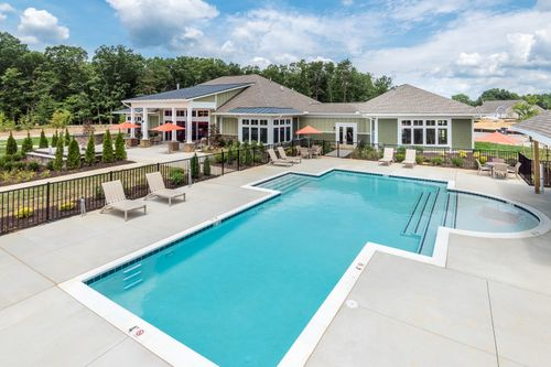 Barley Woods Fredericksburg pool and exterior clubhouse Cornerstone Homes