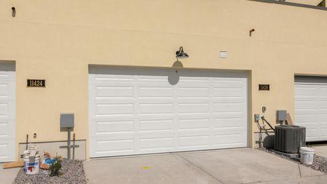 025 Garage