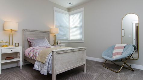 027 Bedroom