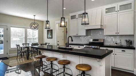 008 Kitchen
