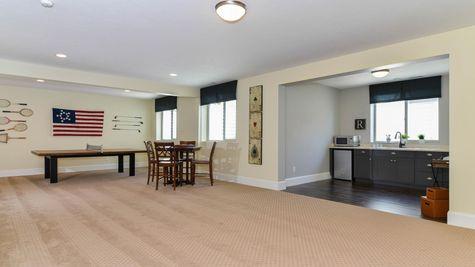 034 Family Room