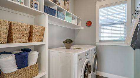 037 Laundry