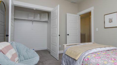 028 Bedroom