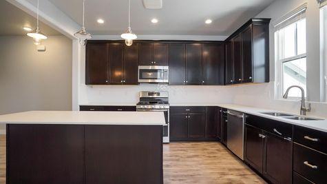 013 Kitchen