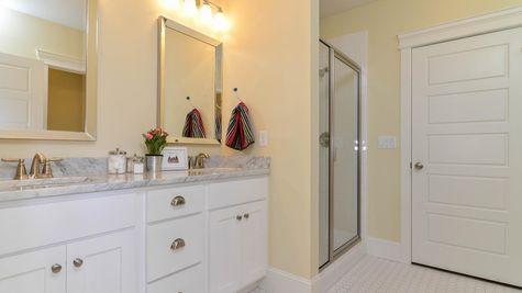 040 Bath
