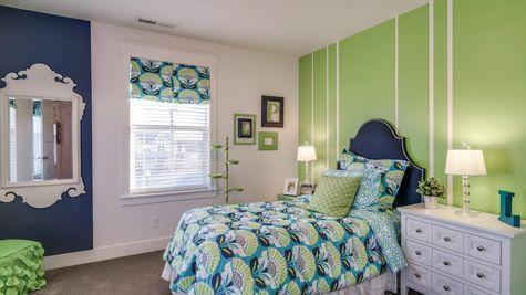032 Bedroom
