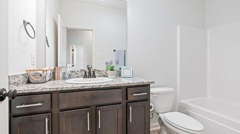 Arbor Walk Hall Bathroom - DSLD New Construction Homes - Denham Springs, LA