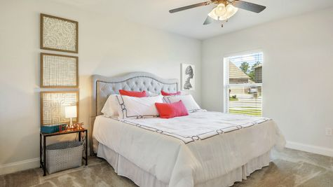 Master Suite with Decor - Belvedere Place - DSLD Homes Gulfport