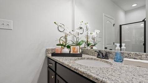 Olde Towne Model Home Master Bathroom- Olde Towne Community - DSLD Homes Thibodaux