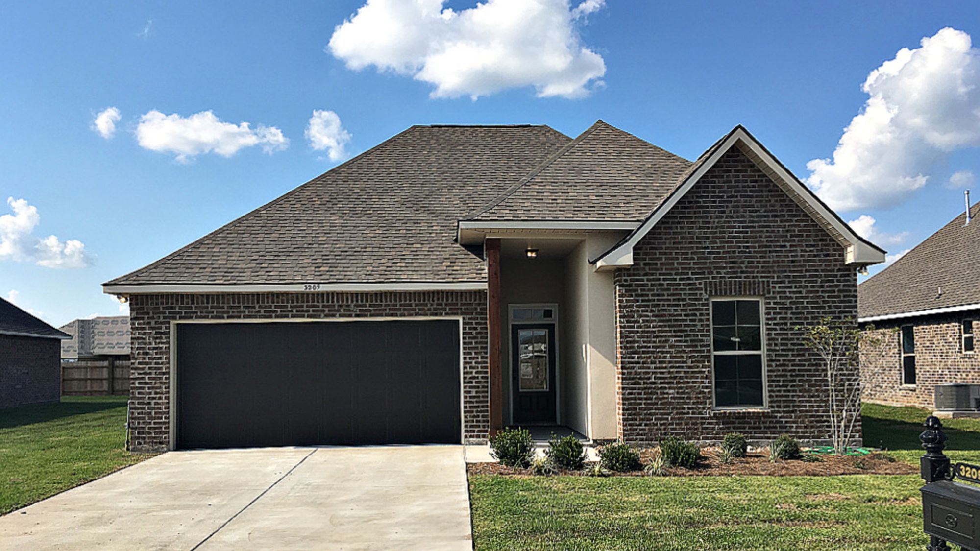 Front View - The Cove at Morganfield Community - DSLD Homes Lake Charles
