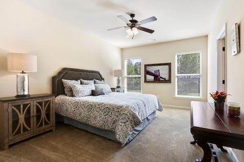 Silver Hill - Model Home Master Bedroom - DSLD Homes - Roanoke IV A - Ponchatoula, LA