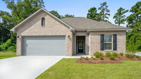 DSLD Homes - Hunter's Ridge Model Home Exterior - Denham Springs, LA