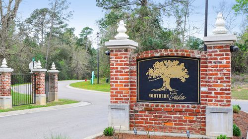 Front Entrance Sign  - Northern Oaks - DSLD Homes Pass Christian