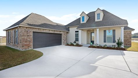 Front of the Model Home - The Settlement at Live Oak - DSLD Homes Thibodaux