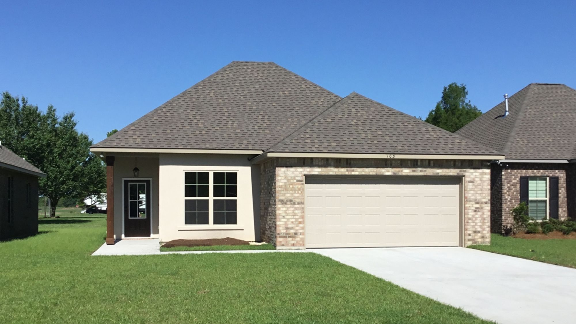 Front View - Cottonwood Pond - DSLD Homes - Youngsville