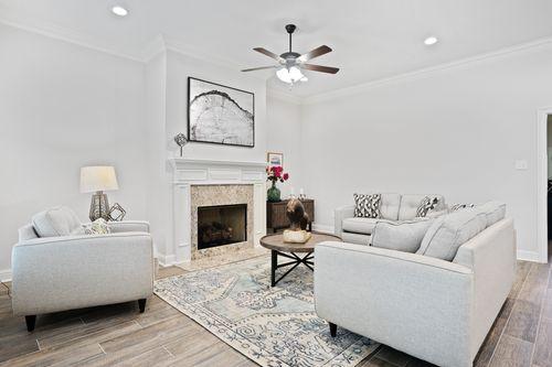 Alexander Ridge - Model Home Living Room - DSLD Homes - Toulouse III A - Covington, LA