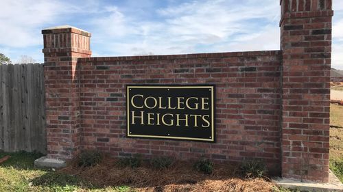 College Heights - Lake Charles- Community Sign