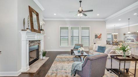Collinswood II G - Floor Plan - Living Room