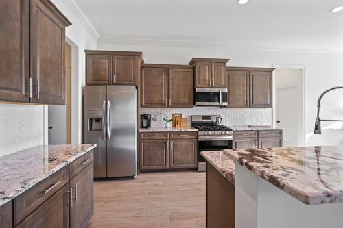Cypress Park - Model Home Kitchen - Claudet II A - Belle Chasse, LA