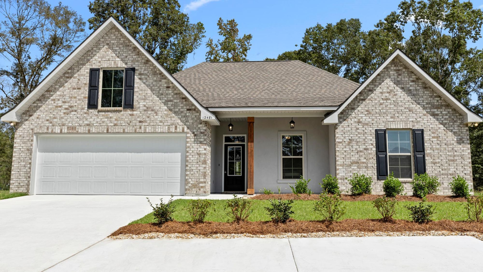 DSLD Homes- Hidden Lakes Estates- Denham Springs- Model Home Exterior