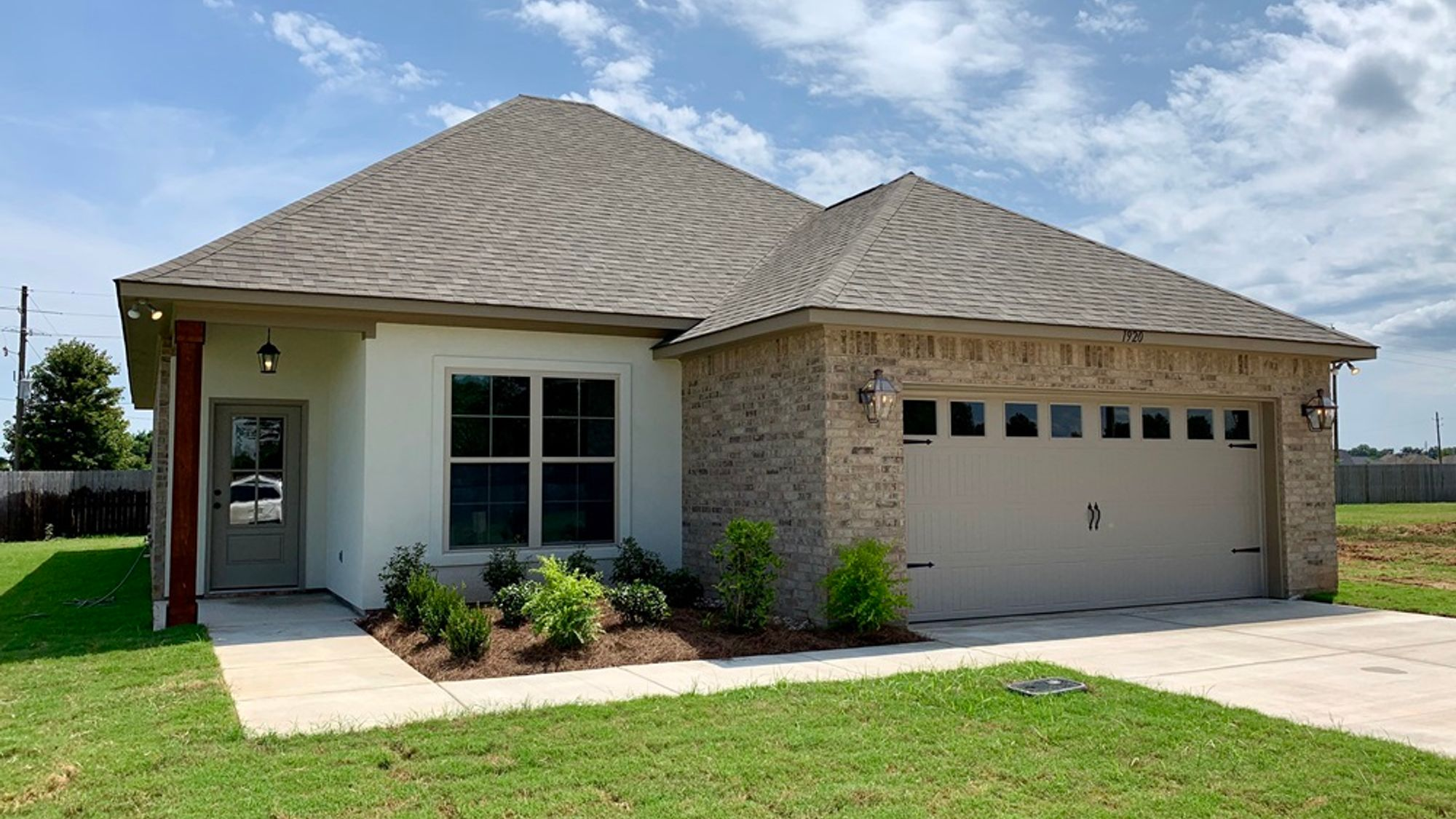 BUTTERCUP III B ELEVATION - Front View – BEAUCLAIRE Community - DSLD Homes – BOSSIER CITY, LA